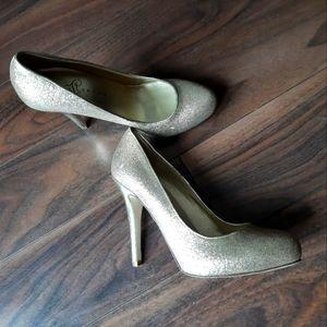 Ivanka Trum glittery heels stilettos pumps